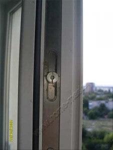 уход за фурнитурой ПВХ окна
